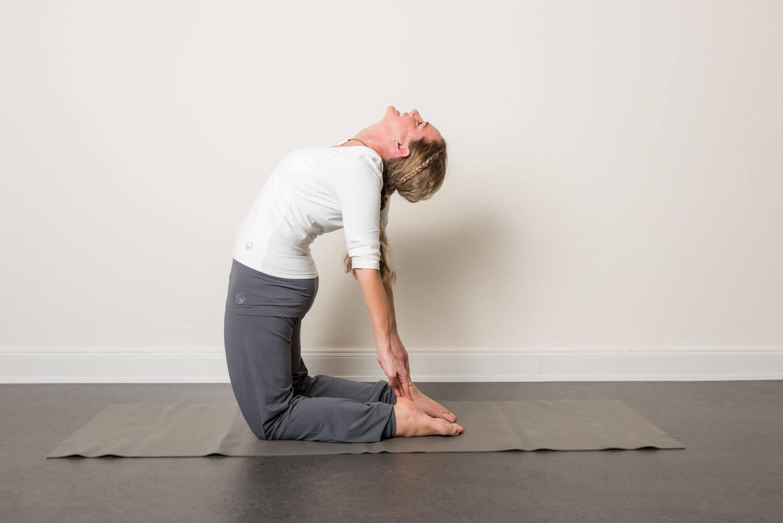 Rucken Yoga Yogawelten Yoga Meditations Und Pilateskurse